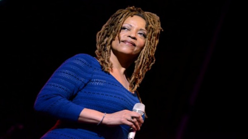 Cassandra Wilson – Slow Down Woman